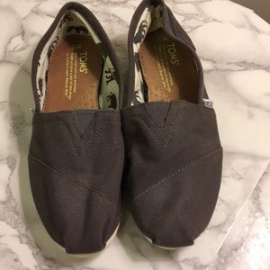 Toms classic flats size 7.5